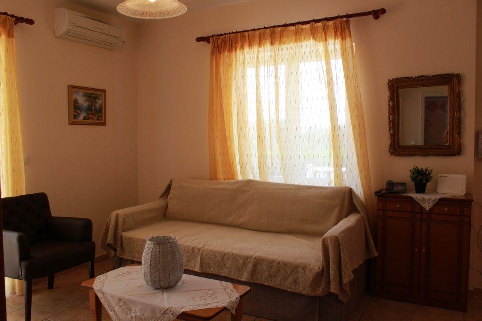 villa_aphrodite_3922.jpg